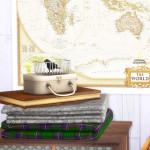 Folded Blankets & Clutter | Dani Paradise