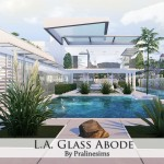 Pralinesims' L.A. Glass Abode